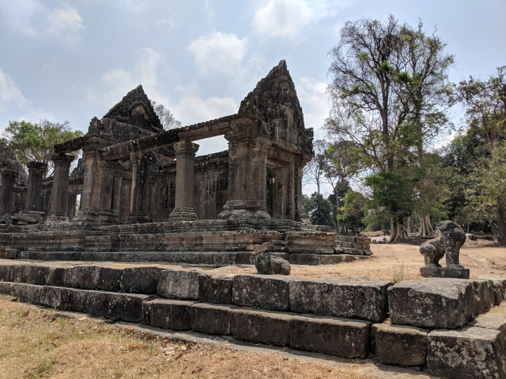 Preah Vihear: A Day Trip From Siem Reap!