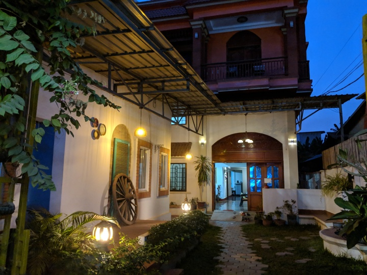 Accommodation Review: The Cashew Nut Villas, SiemReap