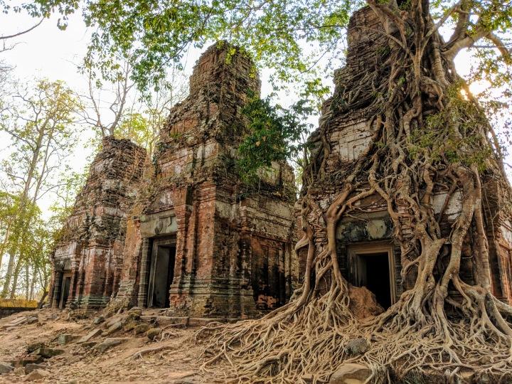 Koh ker 3 temples view 2 IMG_20190304_161508