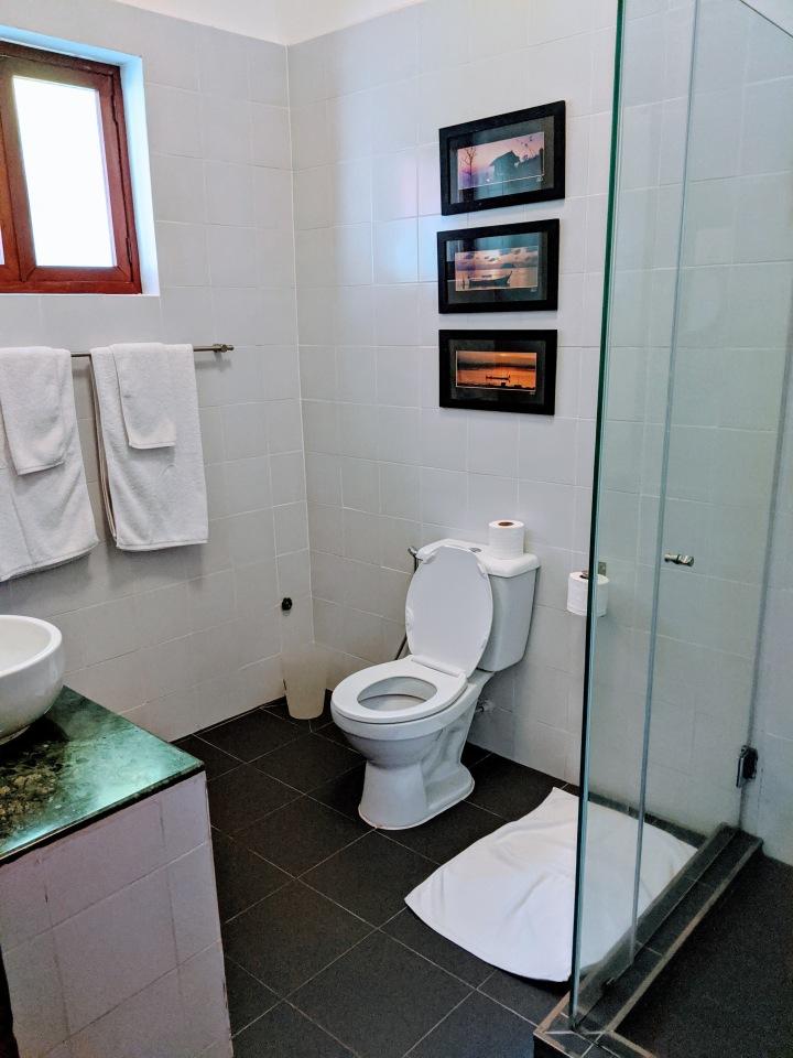 Pavilion bathroom IMG_20200229_140624