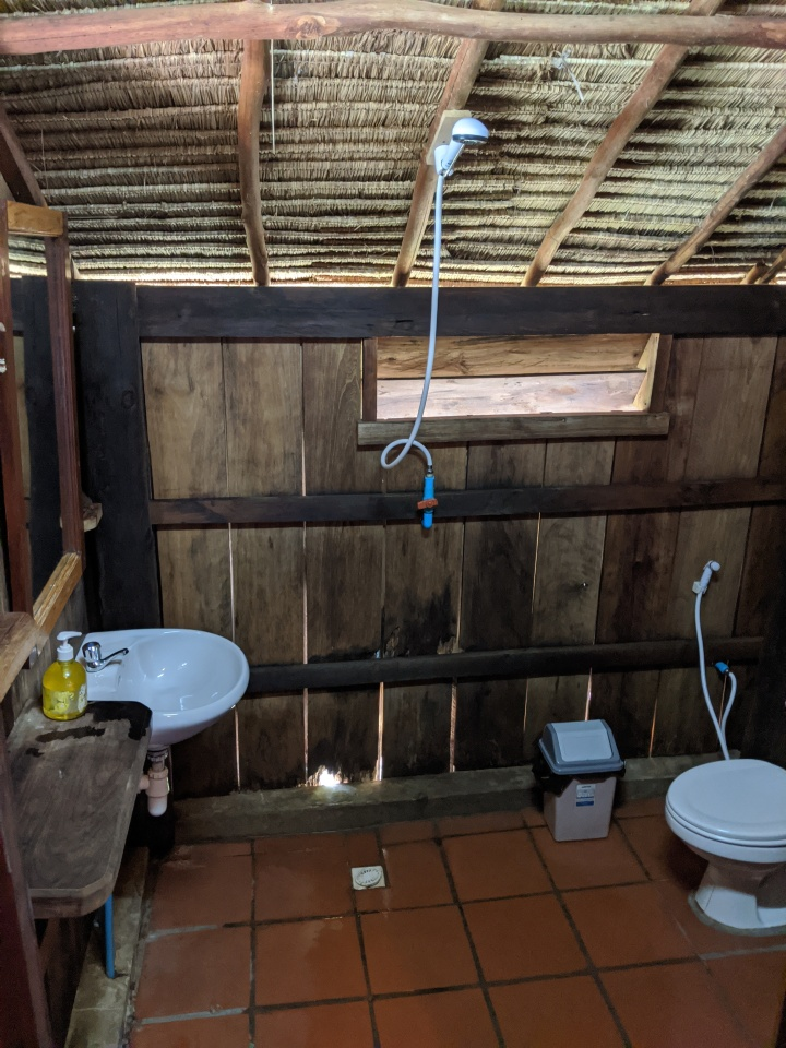 Hut 14 bathroom